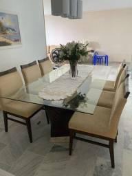 Mesa de jantar com 6 cadeiras marca Jacauna