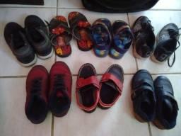 Sapatos e sandálias tamanhos 26, 27