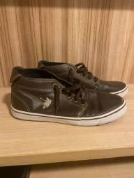 Título do anúncio: Tênis cano alto em couro Polo Shoes