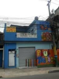 Casa à venda Barros Filho 2 quartos loja c banheiro e kitnet av.brasil