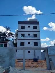 Apartamento área privativa - Maria Helena