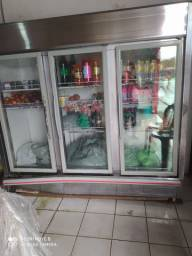 Um freezer três portas super conservado.. valor a negociar