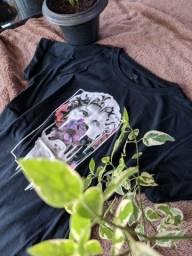 Camiseta Statue Flower