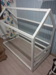 Mini cama montessori