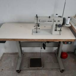 Título do anúncio: Máquina de costura reta e Zig Zag Singer
