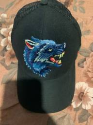 Título do anúncio: Vendo chapéu Gucci