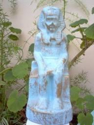 Estátua Estatueta modelo Egipcia oferta aproveite barato antiga decoração colecionador