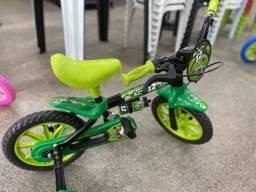 Título do anúncio: Promoção Relampago bicicleta aro 12 infantil nova para 3 anos