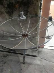 Vendo uma antena parabolica