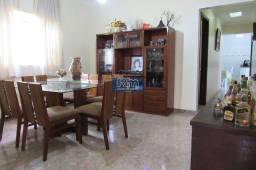 Título do anúncio: Casa em lote com 634,10 m² em ótima localização do bairro Ermelinda.