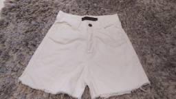 Shorts branco usado umas duas vezes
