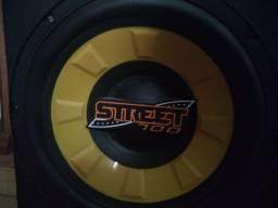 Subwoofer Street 700 (semi novo)
