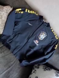 Blusão da seleção brasileira Nike original semi nova usei umas duas vezes