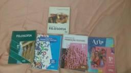 Livros Filosofia, produção textual, matemática fundamental e arte