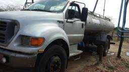 Ford f12000 2001 - 2001