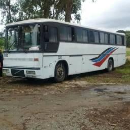 Venda de ônibus rodoviário volvo