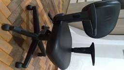 Cadeira para escritório Executiva Giratória 8203 SRE -Braço SL - Cavaletti - Base Polaina