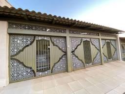 Linda casa de 4 quartos próximo ao Serra Dourada no bairro Sonho Verde