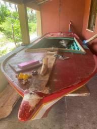 Barco canoa de pesca