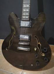 Guitarra semi-acústica Waldman
