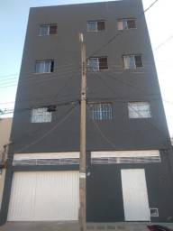 Aluga-se apartamento no centro de Montes Claros!
