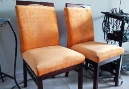 6 cadeiras estofadas