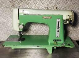 Máquina de costura reta Elgin B9
