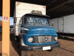 Título do anúncio: Caminhão Mercedes MB 1113 4×2 Azul 1977