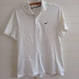 Título do anúncio: Camisa Polo Nike original (Tamanho M)