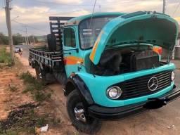 Título do anúncio: Caminhão Mercedes