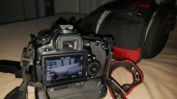 Câmera fotográfica Canon EOS 60d