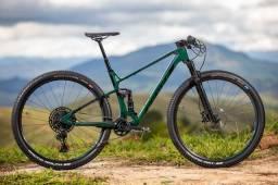 Bicicleta sense Invictus comp 2021/22 carb