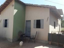 Vendo -se está  casa em trindade Goiás  pego doblo flex