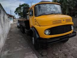 Caminhão Mercedes Benz 1513