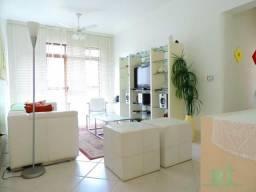 Apartamento na praia, próximo ao comércio, 3 dormitórios, Piscina, 1 vaga, Astúrias, Guaru