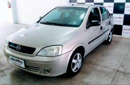 Corsa Sedan 1.0 8V Gasolina 2004 - Leia o anuncio - 2004