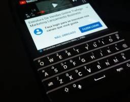 Celular BlackBerry Q10 Smartphone Desbloqueado 4G Touch (Leia)