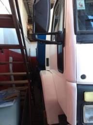 Caminhão Ford Cargo ano 90