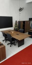 Mesa de reunião , cadeiras