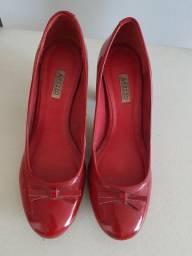 Sapato de couro legítimo