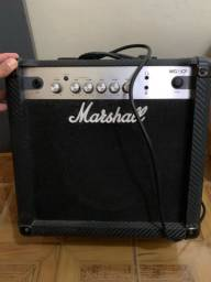Amplificador de guitarra Marshal MG 15CF