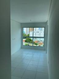 1823 - Bem Localizado em Casa Forte - 02Qts/01Suíte - 02 Vagas - Nascente - Lazer