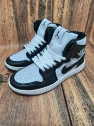 Título do anúncio: Basqueteira Nike Air Jordan Preto/Branco