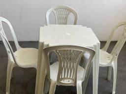 Já chegou chegou jogo completo de mesa e cadeira plástica no atacado