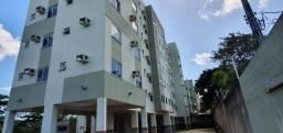 Alugo Apartamento 3 Quartos/ Bem Localizado/ Cozinha Americana com Varanda