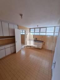 Apartamento a venda em Perdizes com 4 dormitórios 3 banheiros 1 suíte e 1 vaga de garagem.