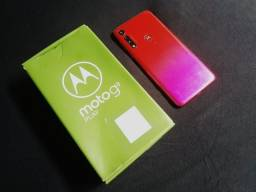 Moto G8 Play top