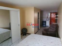 Apartamento para alugar há 100 metros do Farol da barra por R$ 1.650/mês