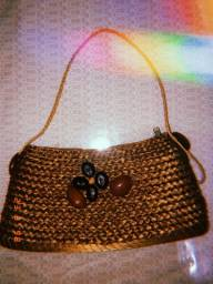 Bolsa de capim dourado
