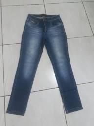 Título do anúncio: Calça jeans n 44